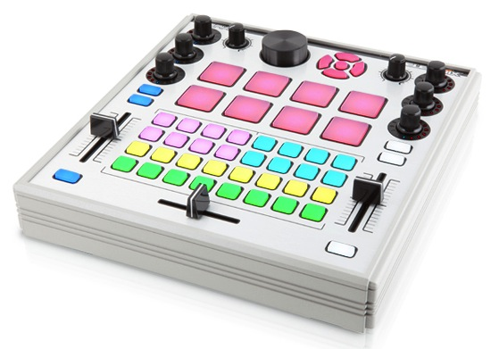 Electrix Tweaker MIDI kontroller